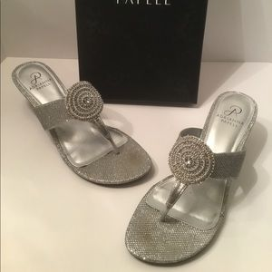 Adrianna Papell silver glittery Wedges 10M